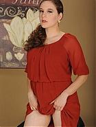 Eleanor Rose hairy pussy