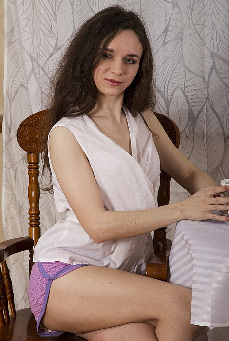 Lisa Li hairy pussy