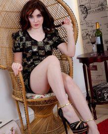 Sexy Melanie Kate