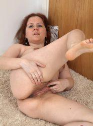 Kathy hairy pussy